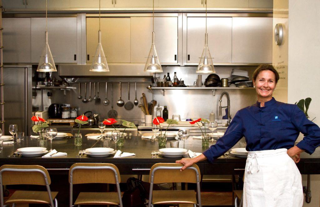 Debora in haar keuken